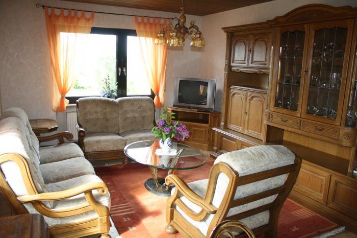 Ferienwohnung birkenhof ferienwohnungen appartements for Wohnzimmer 80er stil